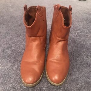 Old Navy Booties Size 9
